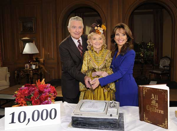 In this image released by ABC, actor Ray MacDonnell, left, show creator Agnes Nixon, center, and actress Susan Lucci prepare to cut a cake as they celebrate the taping of the 10,000th episode of &#34;All My Children,&#34; Thursday, Oct. 16, 2008, in New York. The 10,000th episode, featuring show creator Agnes Nixon playing the character of a ghost named Aggie will air on Wednesday, Nov. 12.  <span class=meta>(&#40;AP Photo&#47;ABC, Steve Fenn&#41;)</span>